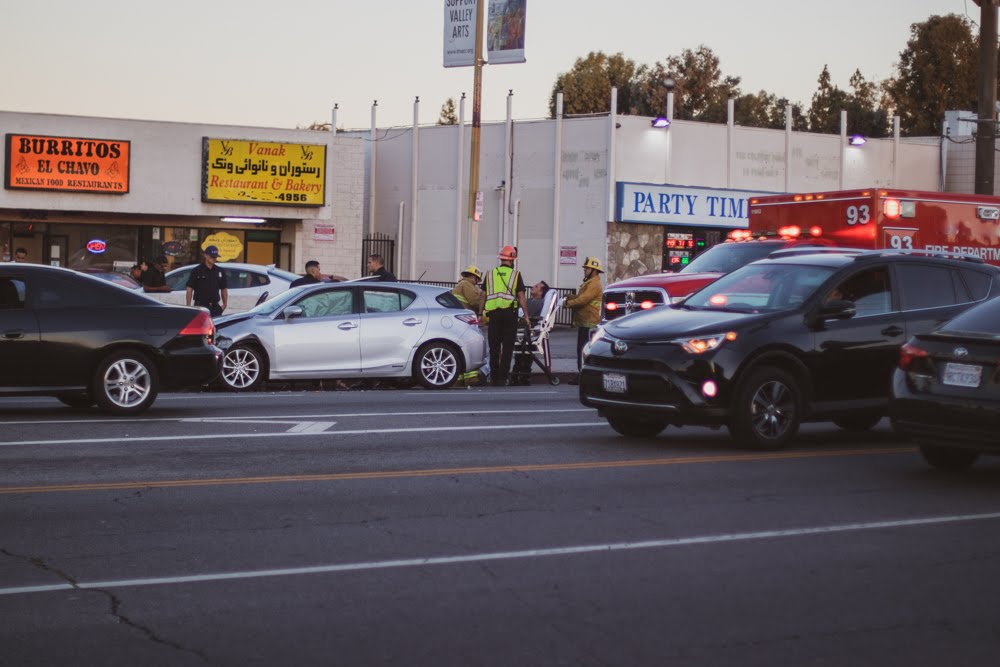 Virginia Beach, VA – Injuries Reported in Car Wreck on I-264 at Witchduck Rd