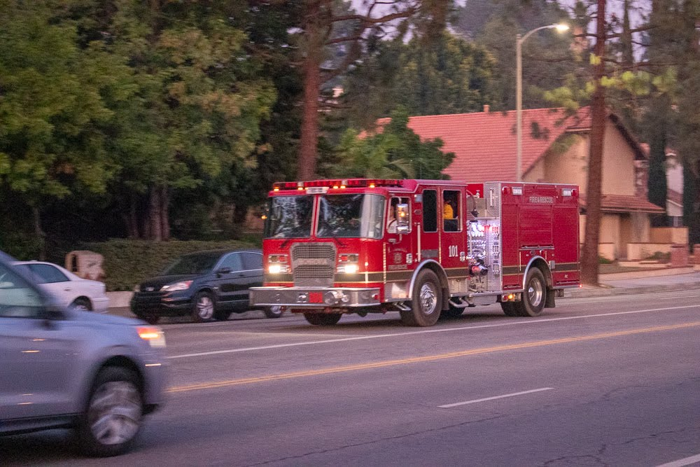 Newport News, VA - Best Pools Fire at 1600 George Washington Hwy Results in Injuries